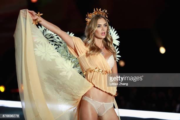 Model Megan Williams walks the runway for Swarovski Sparkles In the 2017 Victoria's Secret Fashion Show at MercedesBenz Arena on November 20 2017 in...