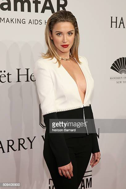 Model Melissa Bolona attends 2016 amfAR New York Gala at Cipriani Wall Street on February 10, 2016 in New York City.