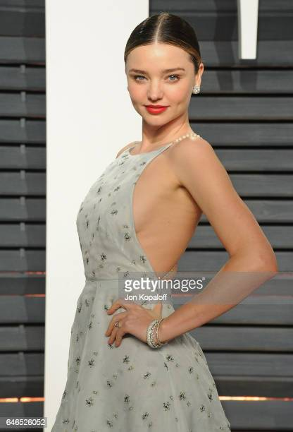 Model Miranda Kerr arrives at the 2017 Vanity Fair Oscar Party Hosted By Graydon Carter at Wallis Annenberg Center for the Performing Arts on...