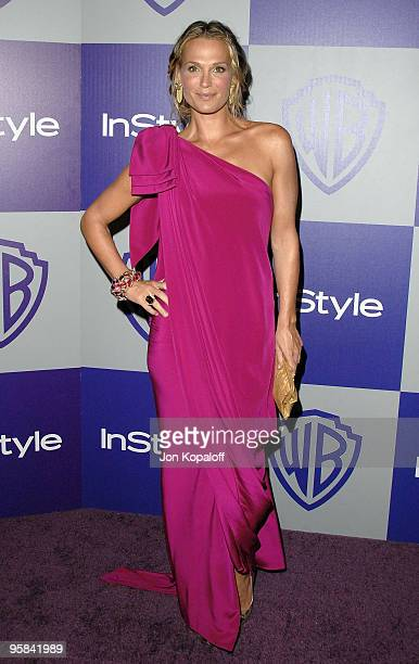 Model Molly Sims arrives at the Warner Brothers/InStyle Golden Globes After Party at The Beverly Hilton Hotel on January 17 2010 in Beverly Hills...