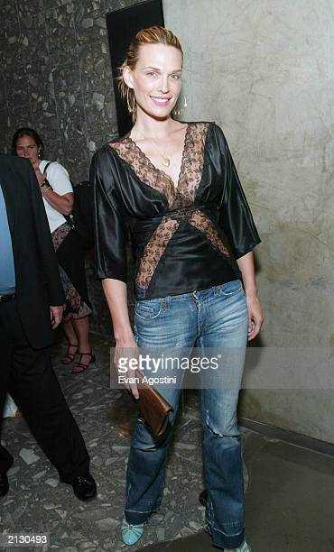 Model Molly Sims attends the launch party for the book How To Become Famous In Two Weeks Or Less by Melissa de la Cruz and Karen Robinovitz at the...