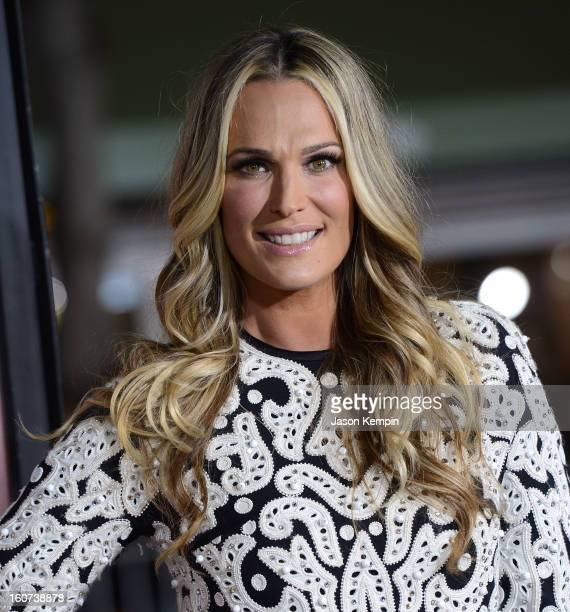 """Model Molly Sims attends the Premiere Of Universal Pictures' """"Identity Thief"""" on February 4, 2013 in Westwood, California."""