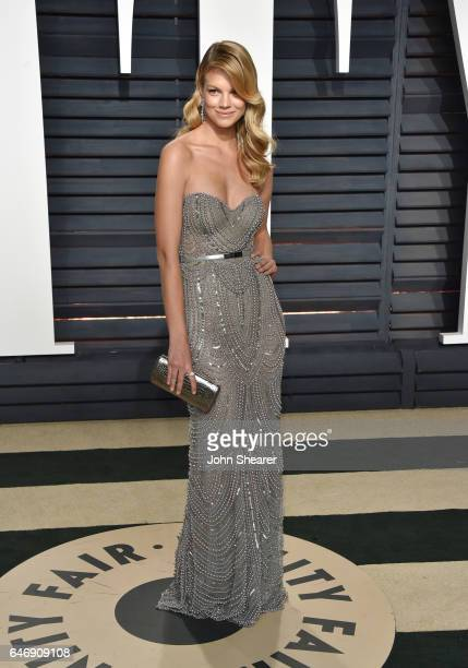 Model Nadine Leopold attends the 2017 Vanity Fair Oscar Party hosted by Graydon Carter at Wallis Annenberg Center for the Performing Arts on February...