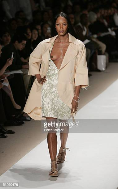 Model Naomi Campbell walks the runway at the Atil Kutoglu Spring 2005 fashion show during the Olympus Fashion Week Spring 2005 September 11 2004 in...