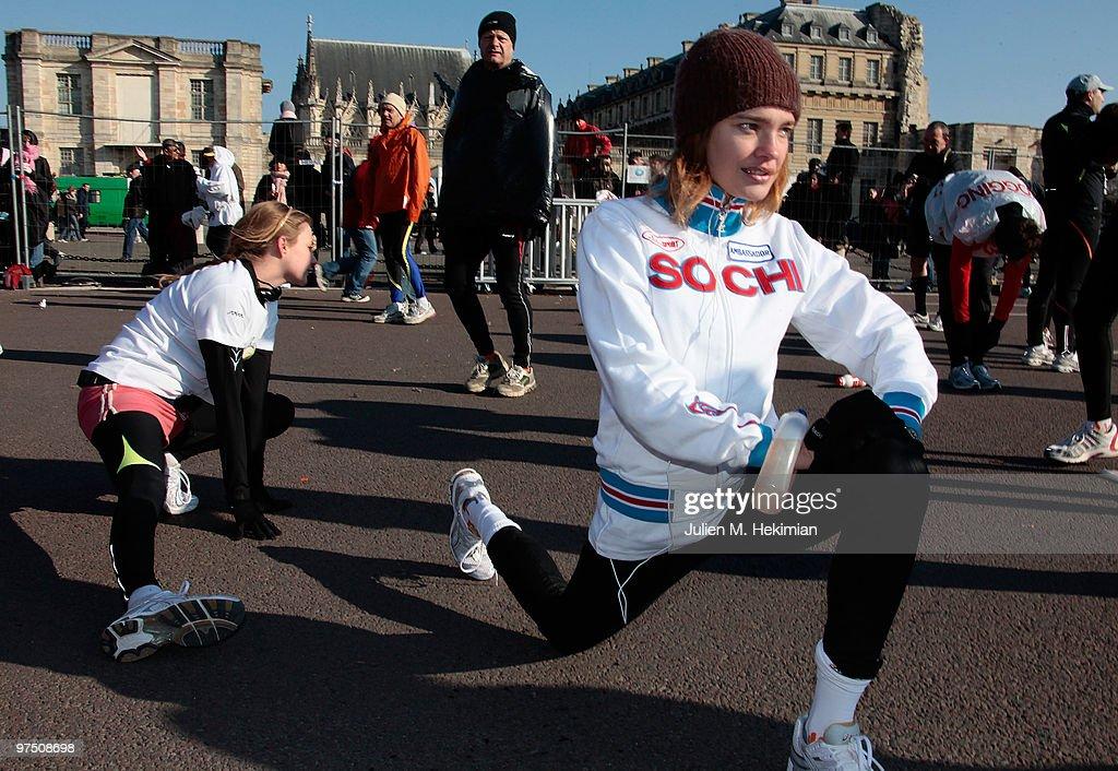 Model Natalia Vodianova prepares before she runs Paris