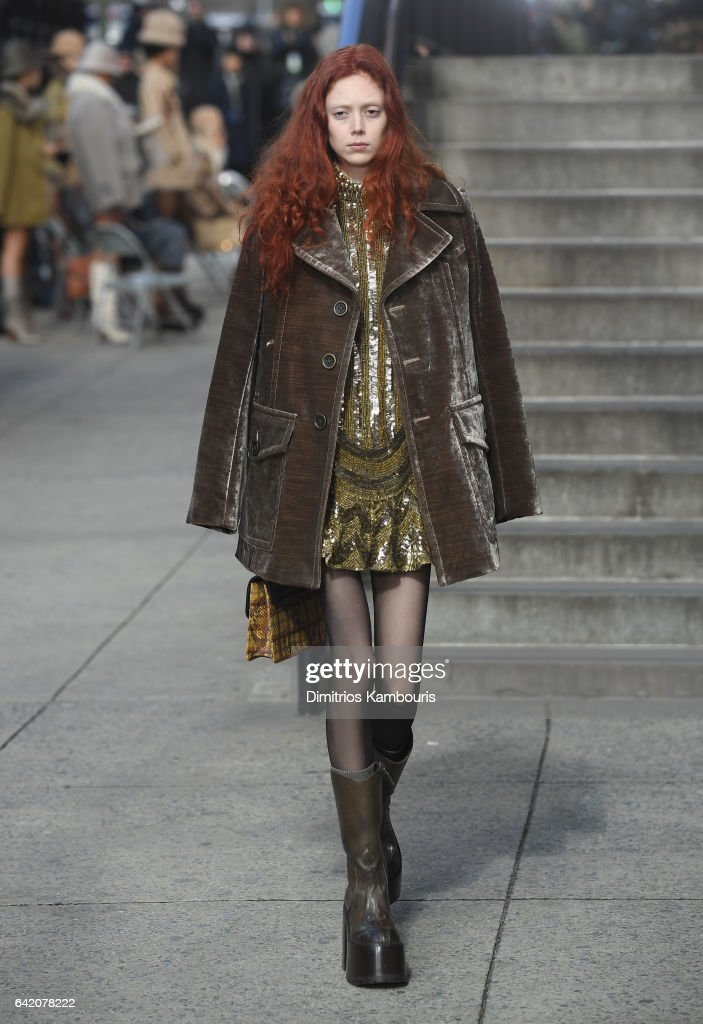 Marc Jacobs Fall 2017 Show - Runway : ニュース写真