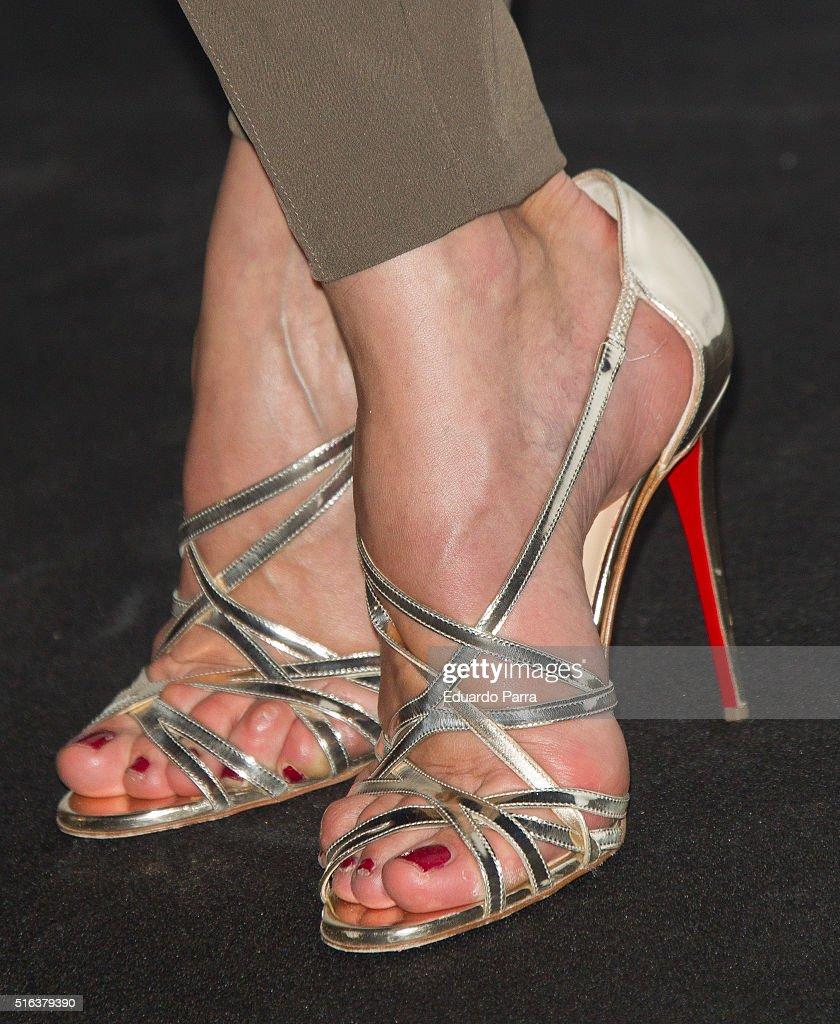 Feet Nieves Alvarez naked (53 photo), Sexy, Cleavage, Twitter, see through 2006
