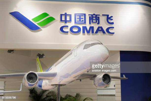 model of COMAC C919 on the exhibitionstand in the hall at the SingaporeAirshow 2010