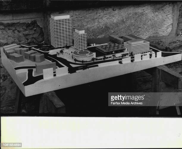A model of old Edgecliffe development at the Woollahra Council Chambers today August 27 1980