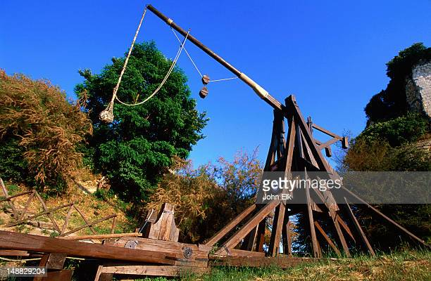 Model of siege catapult from 12-14th century at Chateau Chinon.