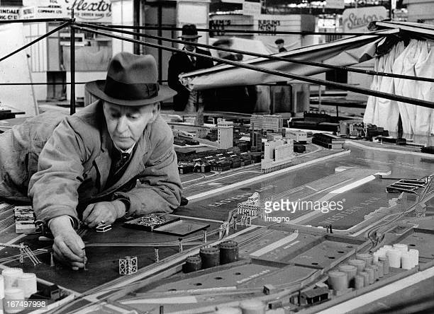 A model of the Avonmouth Docks/ Port ofBristol at the British Industries Fair 1936 at Castle Bromwich February 11th 1936 Photograph Ein Modell der...