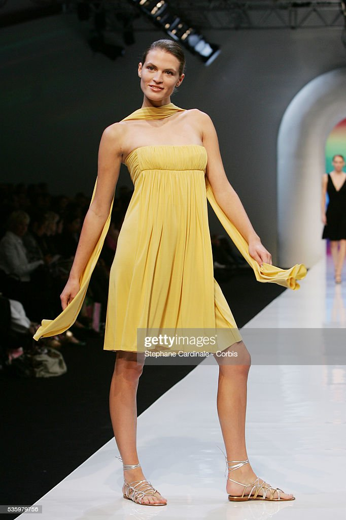 Model on the catwalk at the 'Guy Laroche ready-to-wear Spring-Summer 2006 collection' fashion show.