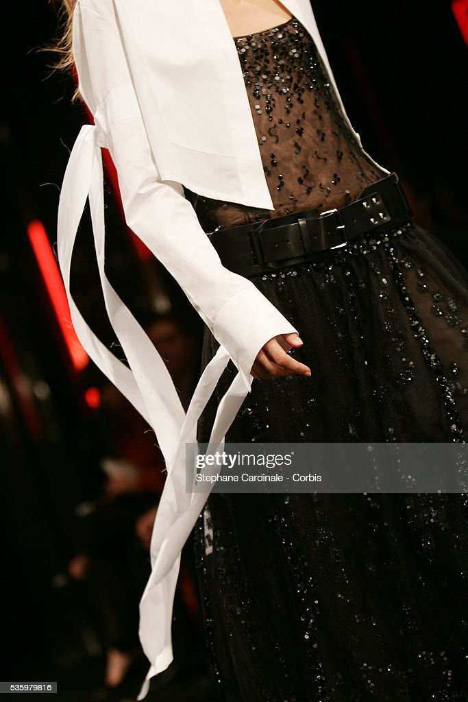 Model on the catwalk at the 'Karld Lagerfeld Gallery ready-to-wear spring-summer 2006 collection' fashion show.