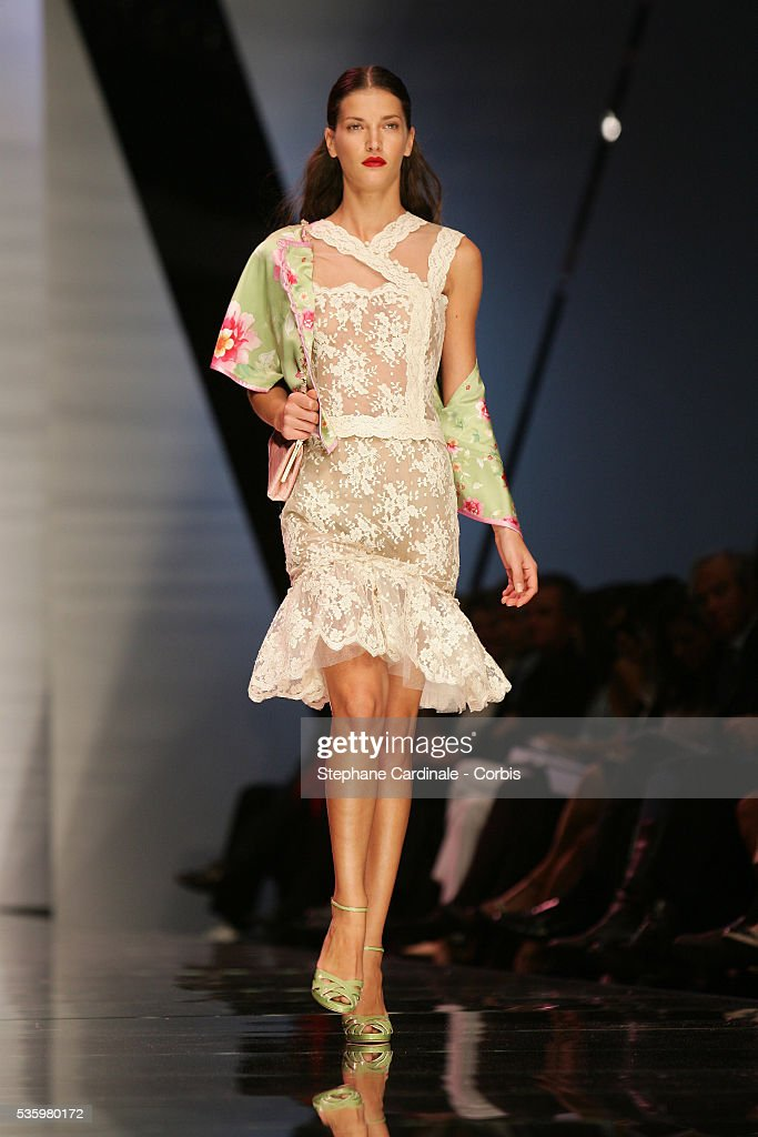Model on the catwalk at the 'Valentino ready-to-wear spring-summer 2006 collection' fashion show.