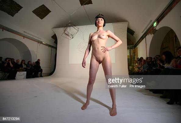 fashion models nude catwalk shows videos