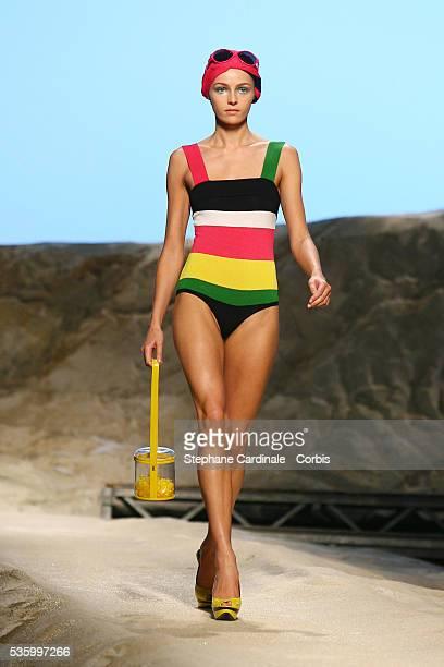 Model on the catwalk presents a creation by Italian fashion designer Antonio Marras during Kenzo SpringSummer 2007 readytowear fashion show