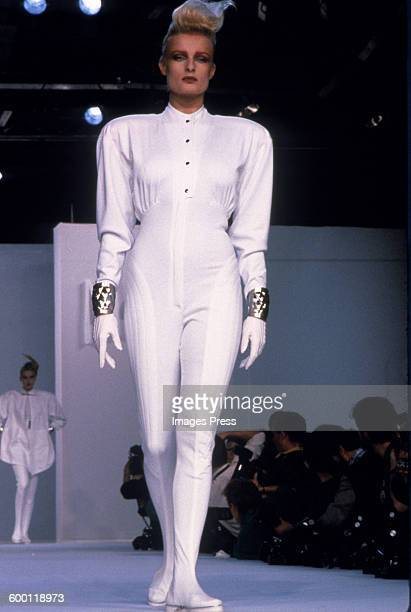 A model on the runway at the Claude Montana Spring 1987 fashion show circa 1986 in Paris France