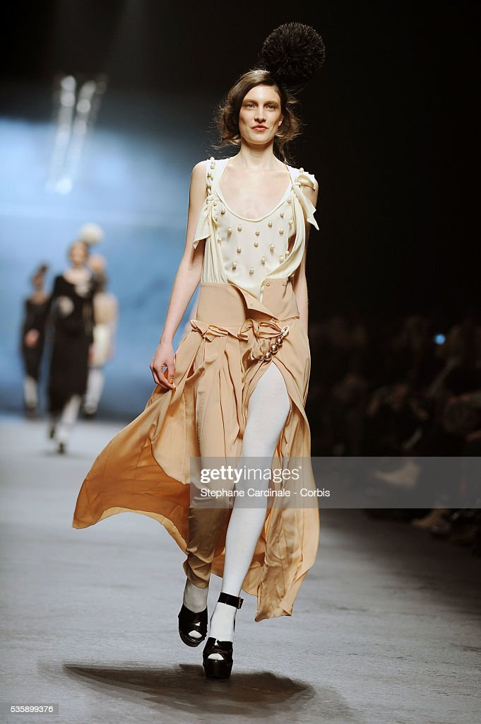 France - Sonia Rykiel - Fall/Winter 2010-2011 - Paris Fashion Week Ready To Wear
