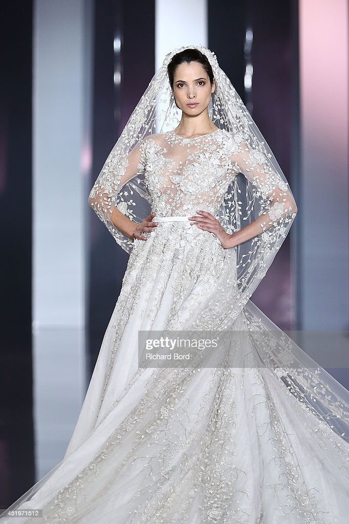 Ralph & Russo : Runway - Paris Fashion Week : Haute-Couture Fall/Winter 2014-2015 : News Photo
