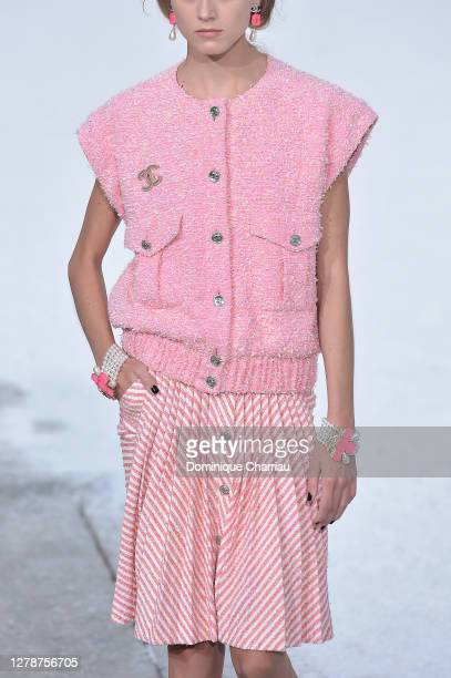Model, outfit detail, walks the runway during the Chanel Womenswear Spring/Summer 2021 show as part of Paris Fashion Week on October 06, 2020 in...
