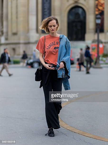A model outside Chanel during Paris Fashion Week Haute Couture F/W 2016/2017 on July 5 2016 in Paris France
