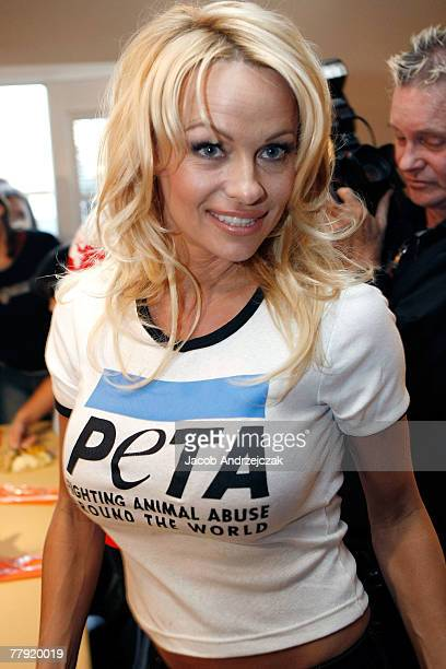 Model Pamela Anderson arrives to serve vegetarian turkey dinners along with PETA and Garden Protein at Family Promise of Las Vegas November 14 2007...