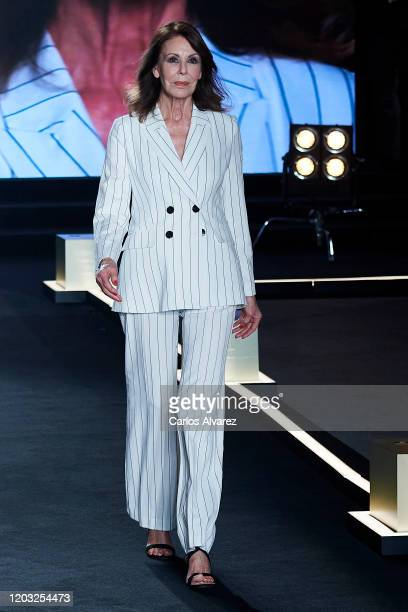 Model Paquita Torres walks for L'Oreal fashion show during the Mercedes Benz Fashion Week Autumn/Winter 202021 at Palacio de Cibeles on January 31...