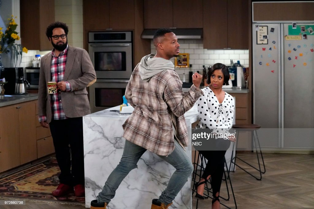MARLON -- 'Model Parent' Episode 204 -- Pictured: (l-r) Diallo Riddle as Stevie, Marlon Wayans as Marlon Wayne, Bresha Webb as Yvette --