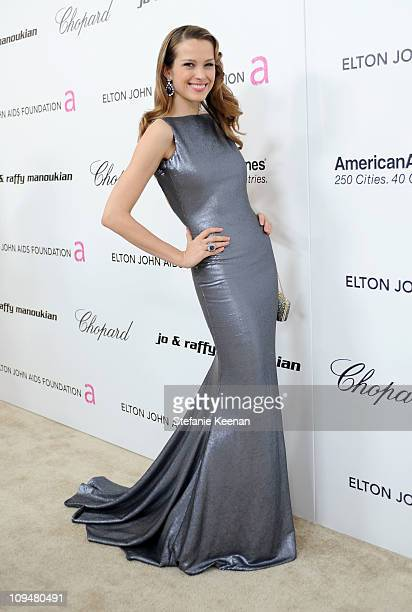 Model Petra Nemcova arrives at the 19th Annual Elton John AIDS Foundation Academy Awards Viewing Party at the Pacific Design Center on February 27...