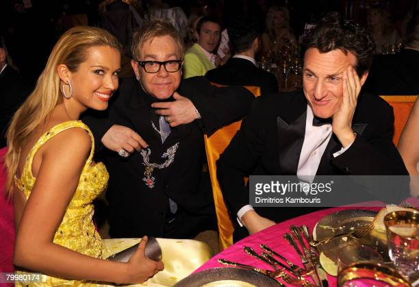 HOLLYWOOD FEBRUARY 24 Model Petra Nemcova Elton John and Sean Penn attend the 16th Annual Elton John AIDS Foundation Academy Awards viewing party at...
