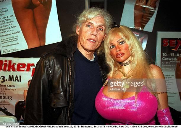 Model, Pornodarstellerin; Frankreichmit ihrem Ehemann Eric Vigne - April 1999