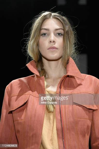 A model pose for Norma Kamali at the Fashion For Peace Fashion Presentation during New York Fashion Week The Shows at Gallery I at Spring Studios on...