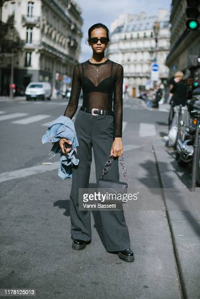 Model poses after the Giambattista Valli show at the Musée des Arts Decoratifs during Paris Fashion Week - Womenswear Spring Summer 2020 on September...