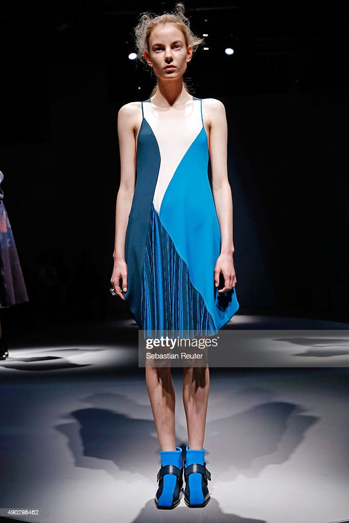 Krizia - Presentation - Milan Fashion Week SS16 : Nachrichtenfoto
