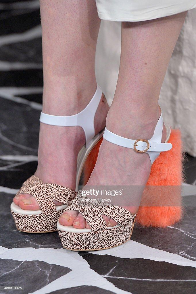 Accessories & Detail - London Fashion Week SS15 : News Photo