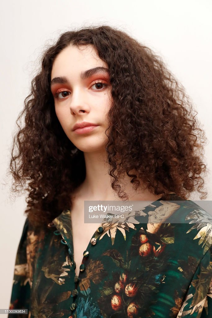 GBR: Alice Archer - Backstage - LFW February 2019