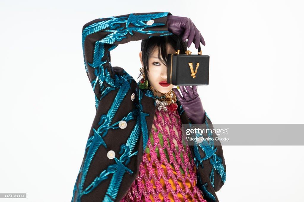 ITA: Versace - Backstage: Milan Fashion Week Autumn/Winter 2019/20