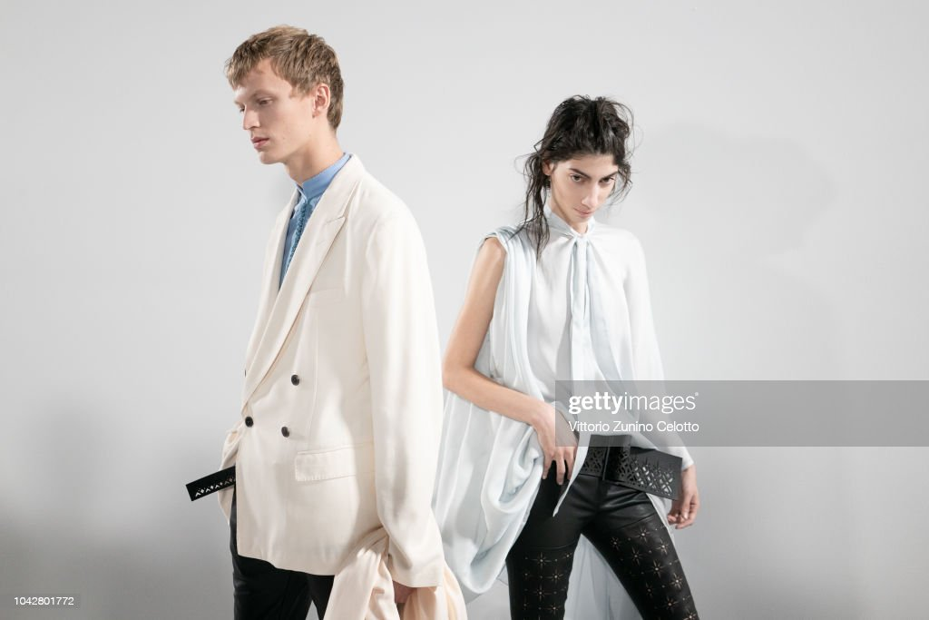 Haider Ackermann : Backstage - Paris Fashion Week Womenswear Spring/Summer 2019 : ニュース写真