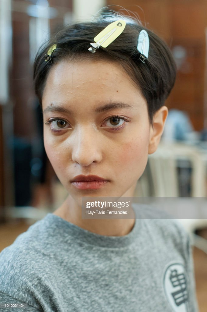 Victoria/Tomas : Backstage - Paris Fashion Week Womenswear Spring/Summer 2019