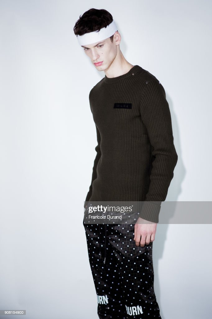 Icosae : Backstage - Paris Fashion Week - Menswear F/W 2018-2019