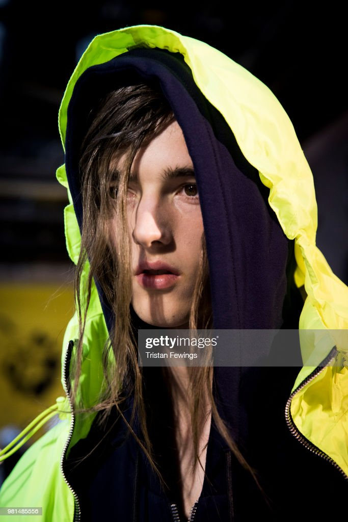 Juun J : Backstage - Paris Fashion Week - Menswear Spring/Summer 2019