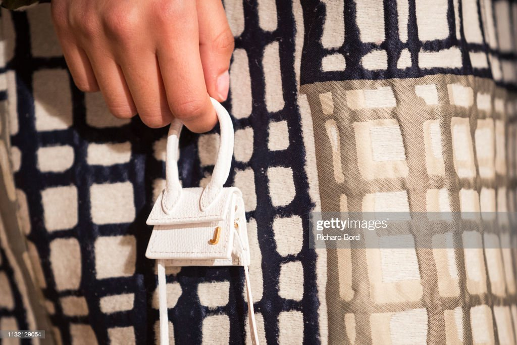 Jacquemus : First Line - Paris Fashion Week Womenswear Fall/Winter 2019/2020 : News Photo
