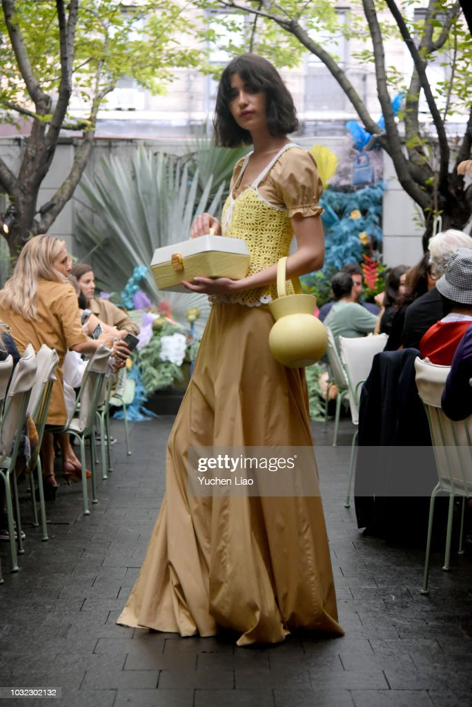 A model poses for the Staud Presentation during New York Fashion Week: The Shows at Laudree on September 12, 2018 in New York City.
