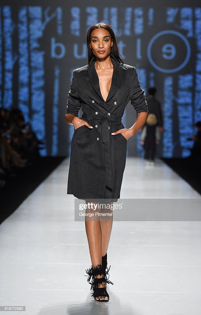 A model poses wearing Bustle 2016 collection during Toronto Fashion Week Fall 2016 at David Pecaut Square on March 15, 2016 in Toronto, Canada.