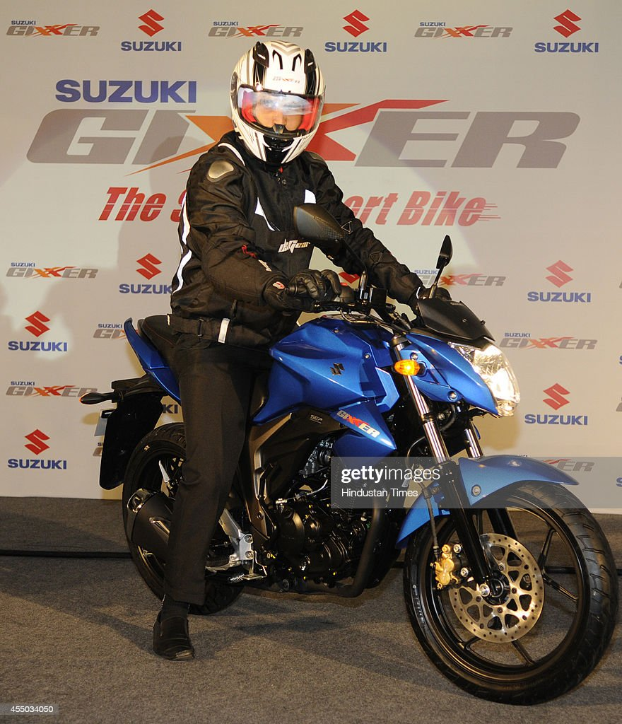 Suzuki Launches Premium 150cc Bike Gixxer Photos And Images