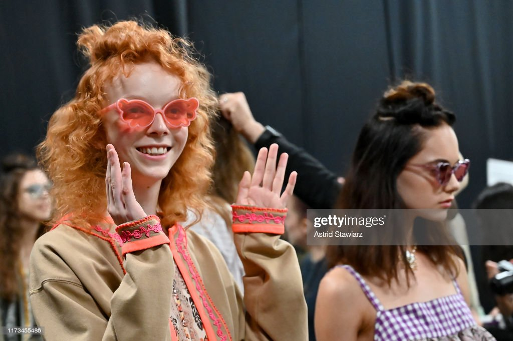 Anna Sui - Backstage - September 2019 - New York Fashion Week: The Shows : ニュース写真