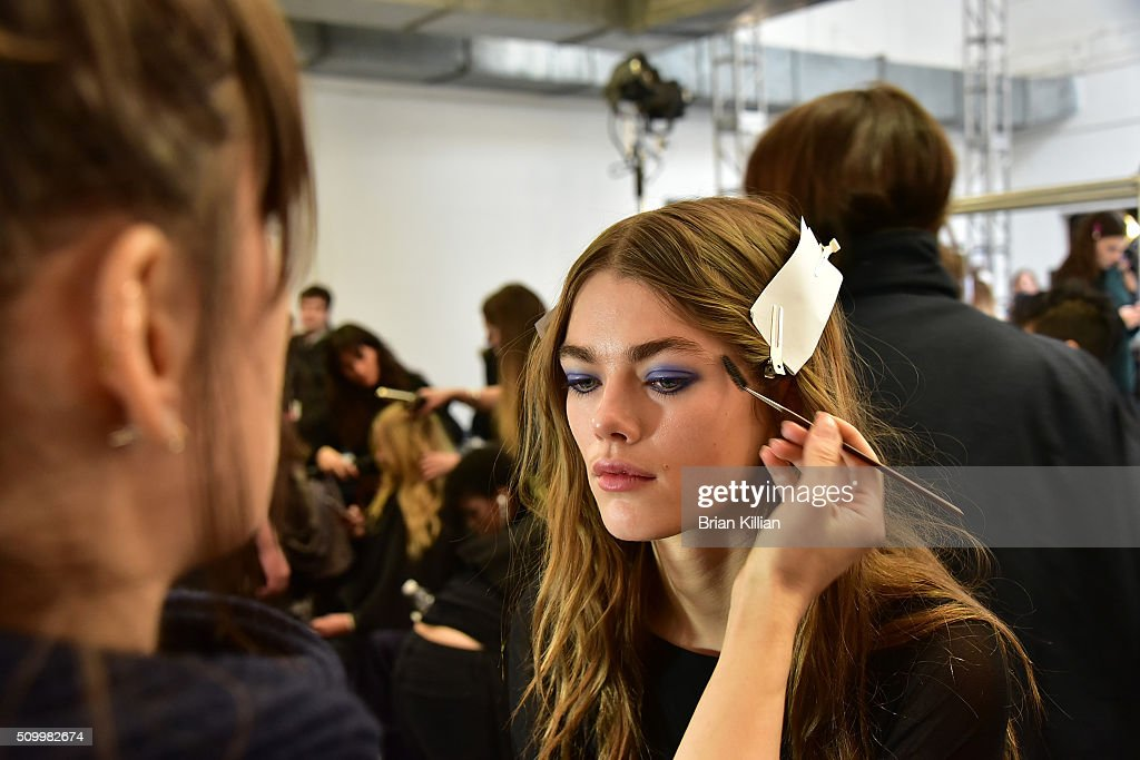 Jill Stuart - Front Row & Backstage - Fall 2016 New York Fashion Week : News Photo