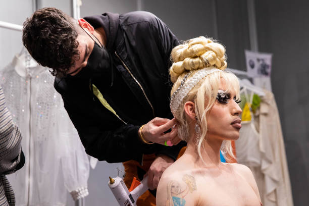 ESP: Backstage - Samsung EGO - Mercedes Benz Fashion Week Madrid - April 2021