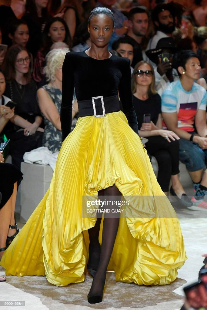 model-presents-a-creation-by-alexandre-vauthier-during-the-20182019-picture-id990946584