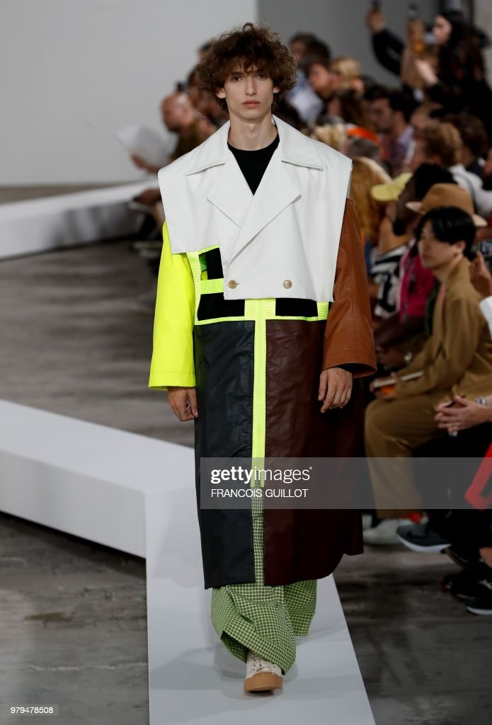 Walter Van Beirendonck : Runway - Paris Fashion Week - Menswear Spring/Summer 2019